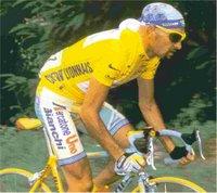 Marco PANTANI en maillot jaune lors du tour de france 1998